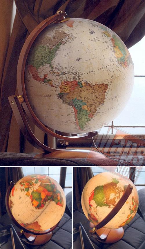 immagine di globo geografico globo geografico Globo in stile antico - luminoso, con base e arco girevole in legno - diametro 30 cm