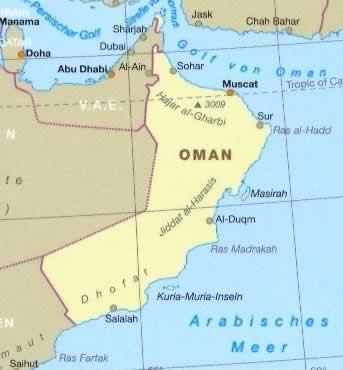 immagine di mappa stradale mappa stradale Oman - con Muscat, Sur, Al-Duqm, Masirah, Salalah, Dhofar, Hajar-al-Gharbi, Jiddat al-Harasis - Mappa Plastificata - edizione 2013