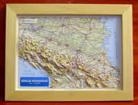 Emilia-Romagna - carta in rilievo con cornice in legno 36x28 cm