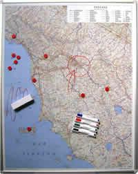 Toscana - Carta Magnetica su pannello in Metallo (scrivibile o per l'applicazione di calamite) + Kit Lavagna Magnetica