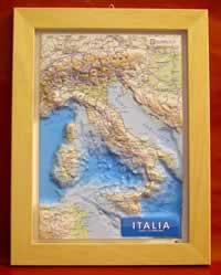 mappa in rilievo Italia - mappa in rilievo con cornice in legno - 28 x 36 cm